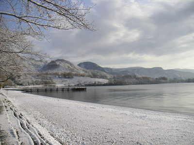 121119洞爺湖初雪3.JPG